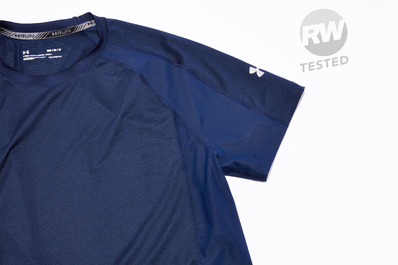 37776702 Under Armour HexDelta Shirt Review | Best Running Shirts