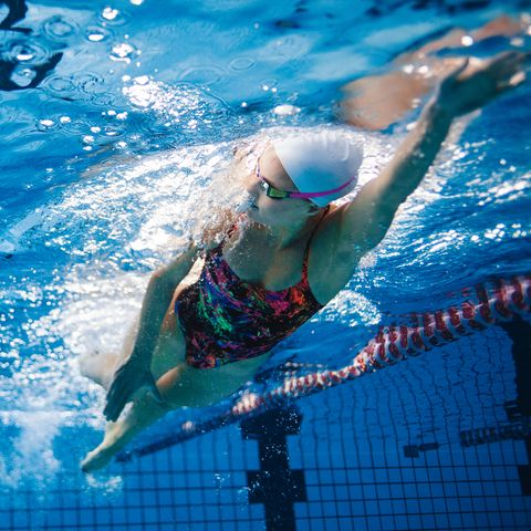 Does Swimming for Weight Loss Work? - The Benefits of Swimming