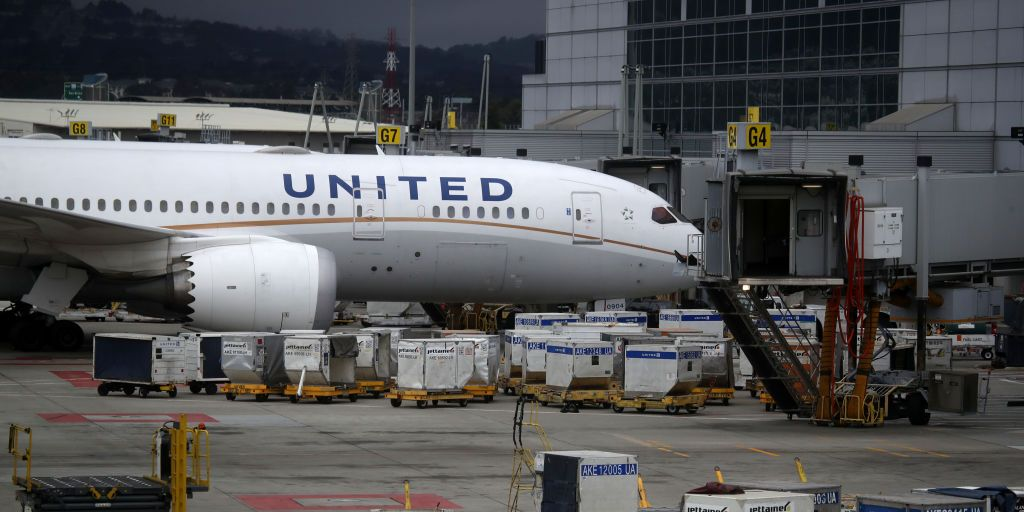 United Airlines Is Transforming Its Empty Cargo Facilities Into Food Distribution Centers