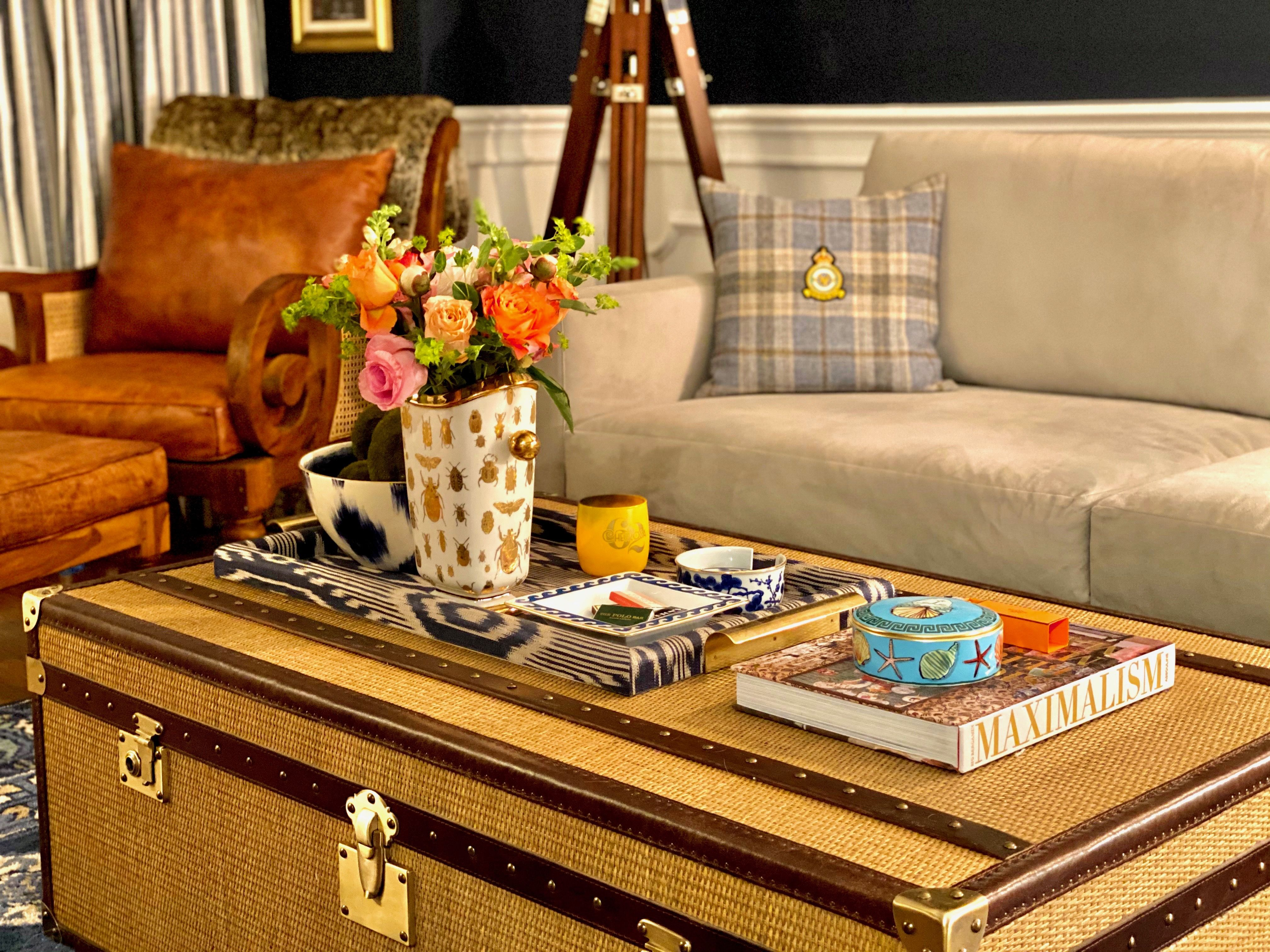 How An Elle Decor Editor Styles Her Coffee Table