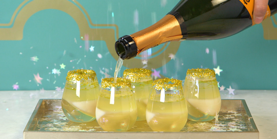 You NEED These Champagne Jell-O Shots for New Year's Eve