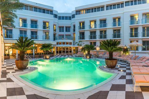 Building, Property, Swimming pool, Resort, Real estate, Condominium, Hotel, Apartment, Resort town, Estate,
