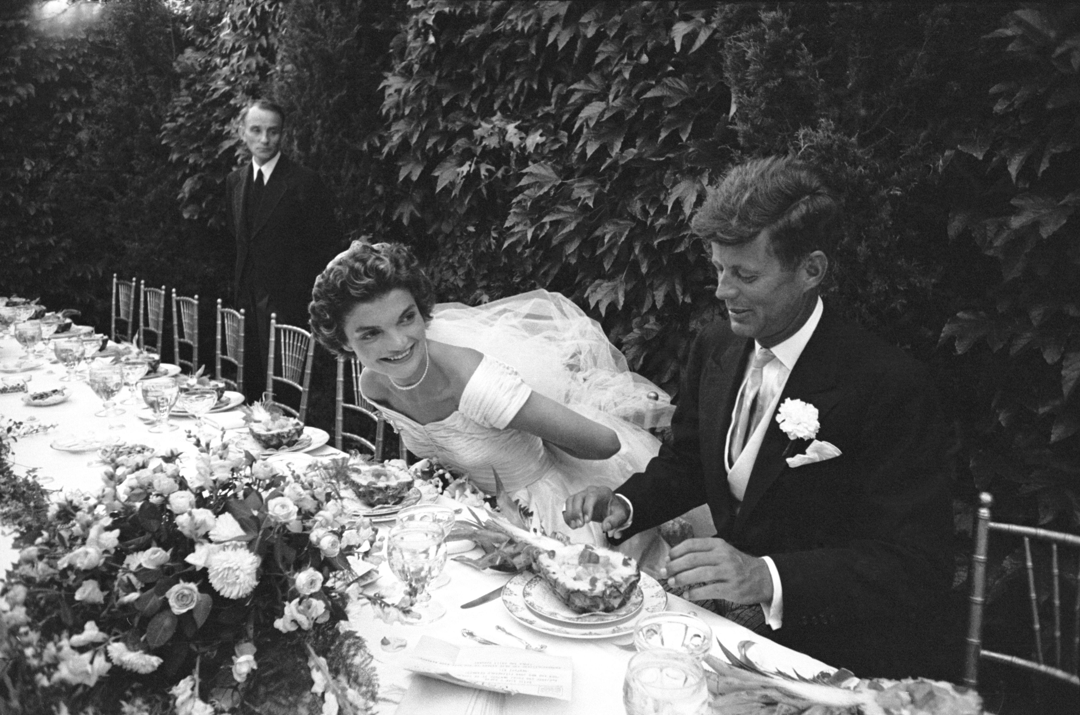 We Love Weddings cover image