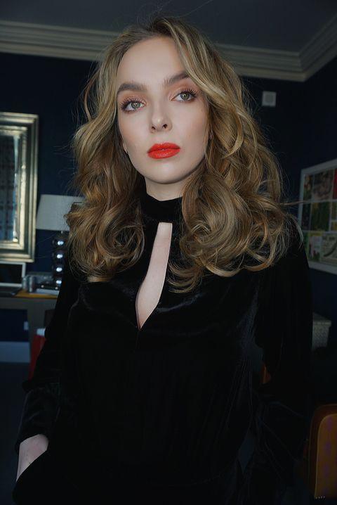 Jodie Comer Talks Killing Eve Season 2 Episode 2, Julian
