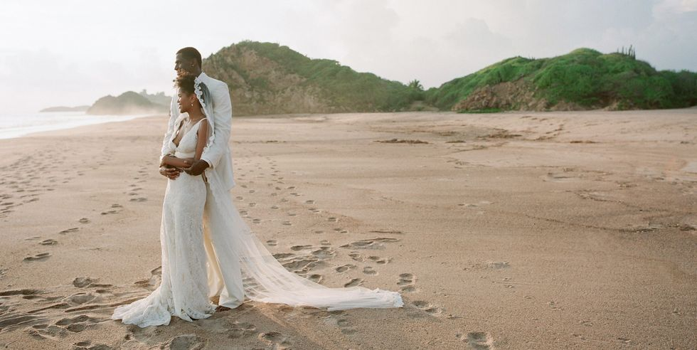 12 Ideas to Level Up Your Beach Wedding