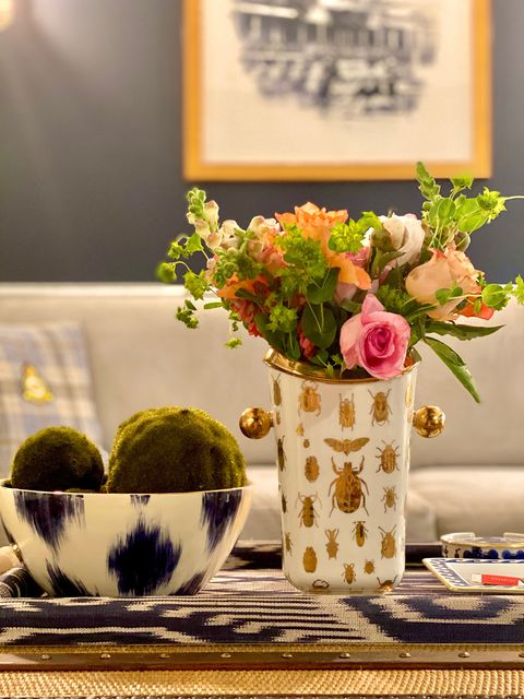 elle decor coffee table styling tutorial