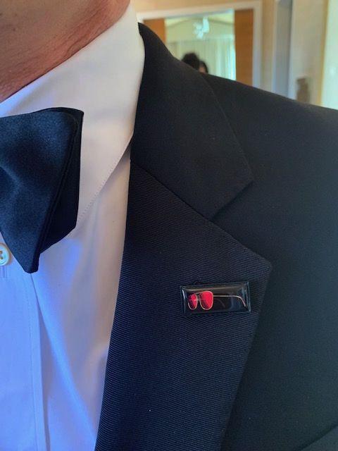 Suit, Formal wear, Clothing, Blue, Blazer, Tie, Button, Collar, Tuxedo, Outerwear,