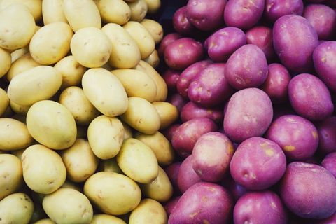 Natural foods, Local food, Potato, Root vegetable, Food, Vegetable, Solanum, Ullucus, Yukon gold potato, Plant,