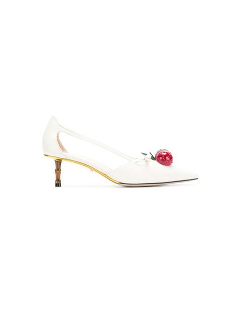 Footwear, White, Shoe, Bridal shoe, Beige, Sandal, Court shoe, High heels,