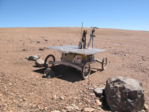 Desert, Landscape, Ecoregion, Vehicle, Soil, Aeolian landform, Sahara, Makhtesh,