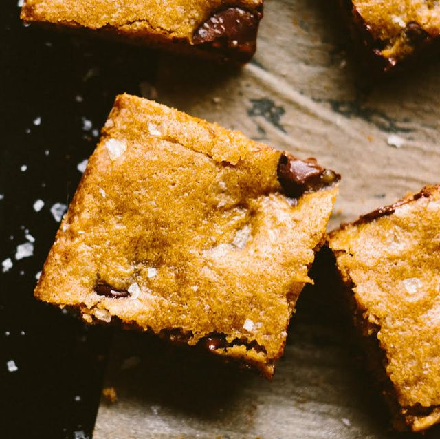 tempting chocolate chip recipes - chocolate chip bars