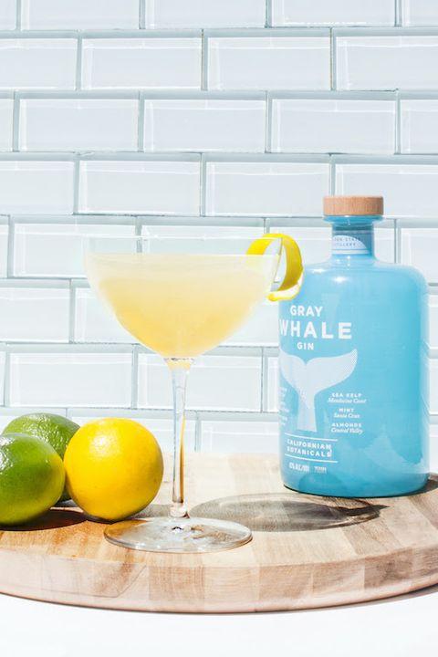 Drink, Cocktail, Alcoholic beverage, Lemon, Distilled beverage, Lemon-lime, Liqueur, Paloma, Margarita, Citrus,