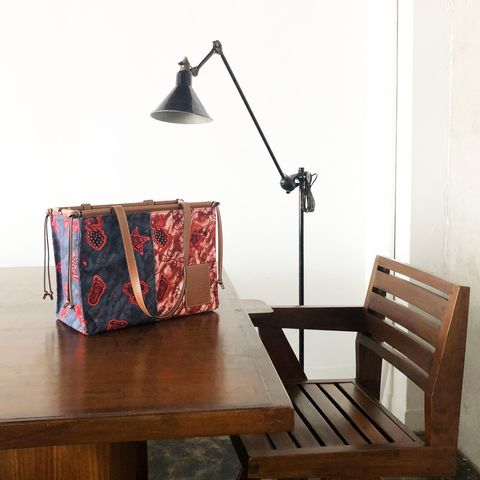 Wood, Hardwood, Lamp, Wood stain, Lampshade, Home accessories, Light fixture, Lighting accessory, Bag, Rectangle,