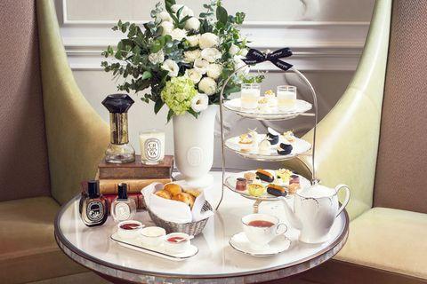 Porcelain, Room, Meal, Tableware, Yellow, Table, Brunch, Interior design, Dishware, Breakfast,