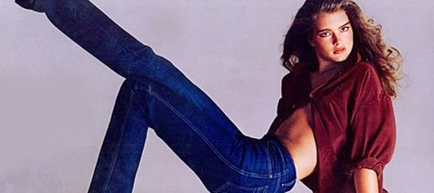 Jeans, Leg, Sitting, Beauty, Footwear, Thigh, Fashion, Denim, Photo shoot, Long hair,