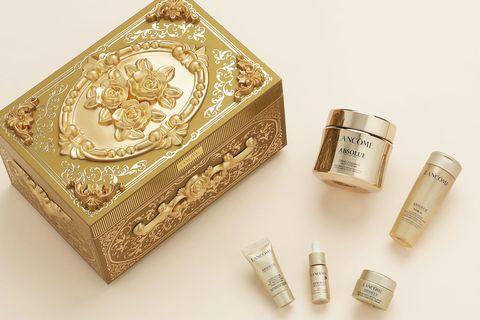 Metal, Gold, Brass, Silver, Fashion accessory, Copper, Box,