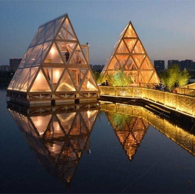 這3座「浮」在成都湖上的超美「水上木屋」,背後的故事竟然這麼感人!