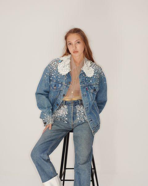 miu miu攜手levi's升級再造古董牛仔褲!經典miu miu元素加乘限定levi's粉紅皮標必須收