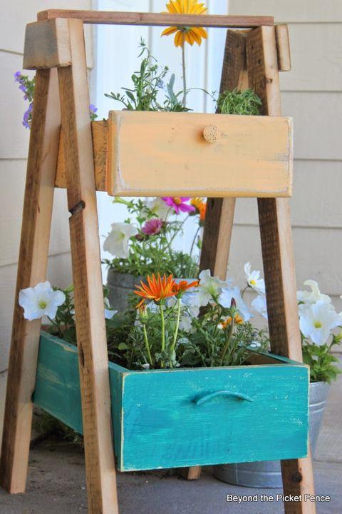 recycled drawer planter backyard diy