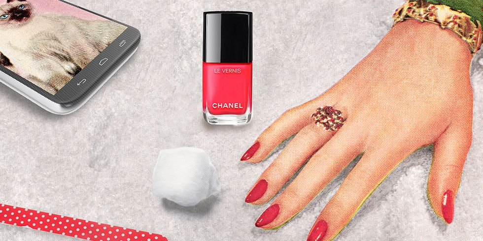 13 Summer Nail Polishes That Belong on the Beach