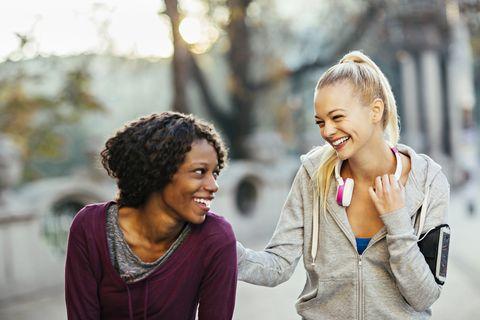 ponerse en forma con amigos