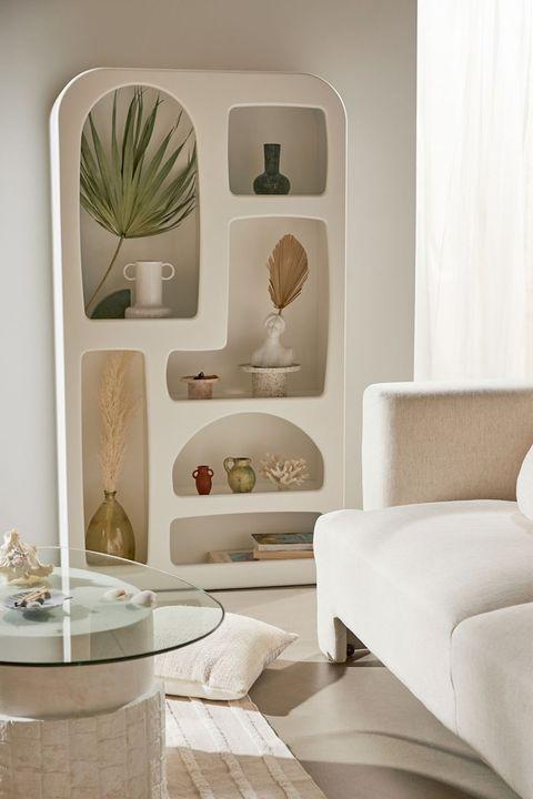 nueva colección isobel de urban outfitters con muebles de estilo mediterráneo que imitan al yeso