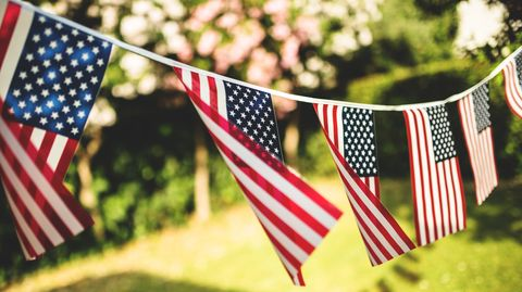 6 Best Memorial Day Party Ideas 2020 - How to Throw a Patriotic ...