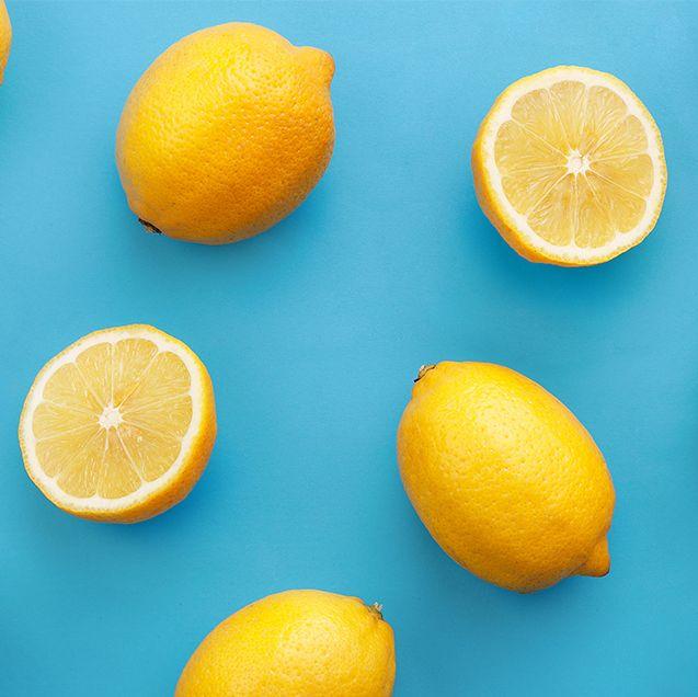 Cut lemons and full lemons