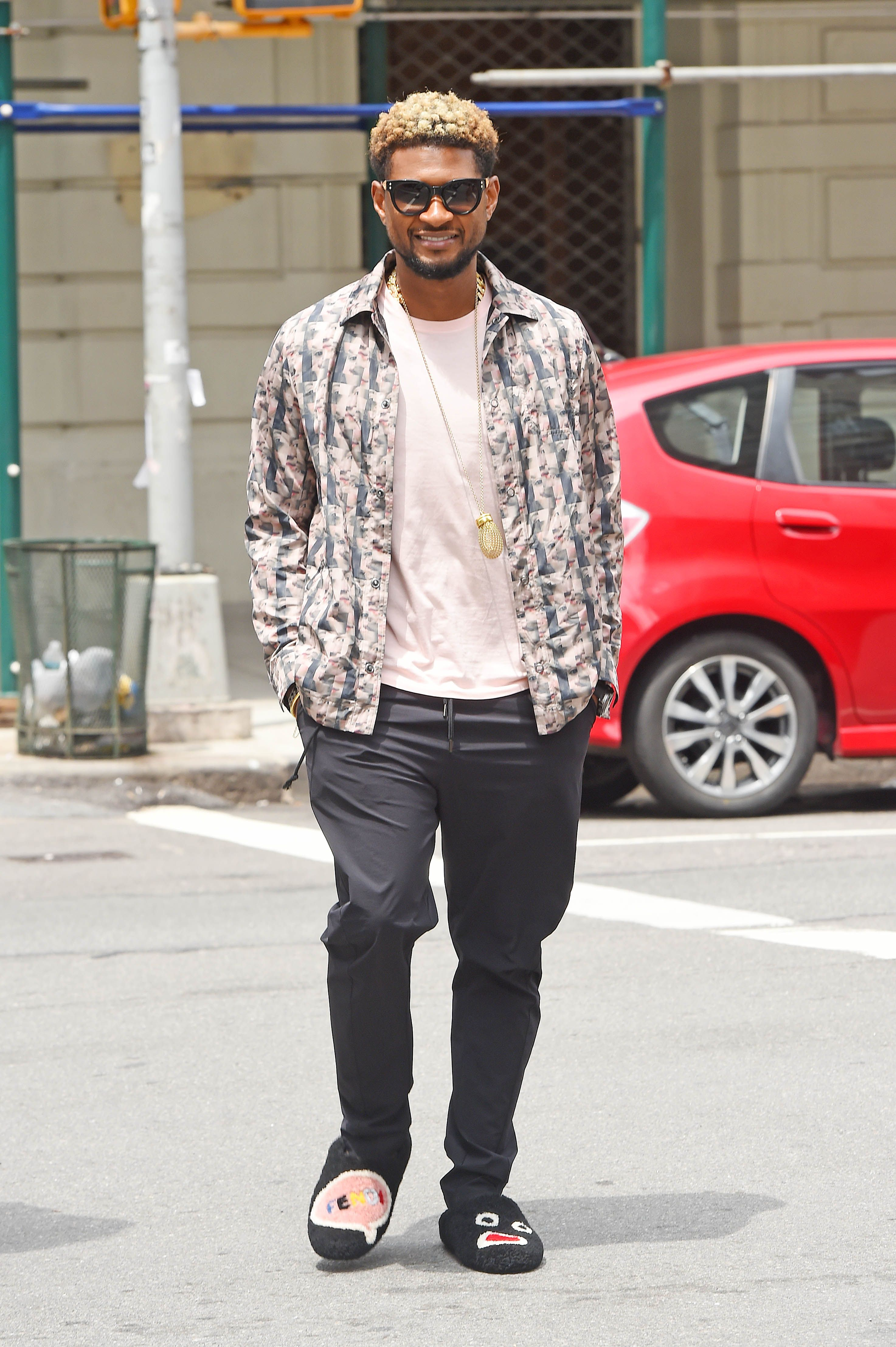 Celebrities Wearing House Slippers in