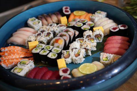Dish, Gimbap, Cuisine, Food, Sushi, California roll, Comfort food, Platter, Ingredient, Osechi,
