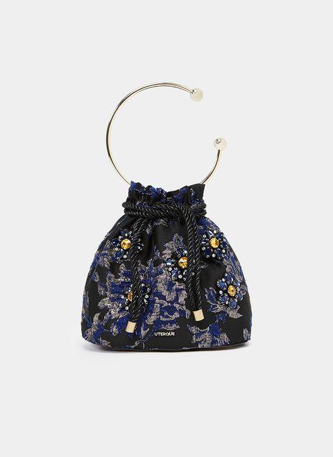 El bolso de fiesta favorito de Alexa Chung