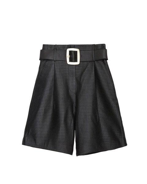 Clothing, Shorts, Black, Bermuda shorts, Waist, Active shorts, Plaid, board short, Pocket, Pattern,