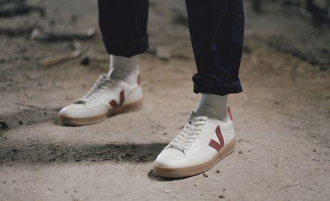 Footwear, White, Shoe, Red, Plimsoll shoe, Street fashion, Jeans, Leg, Outdoor shoe, Sneakers,
