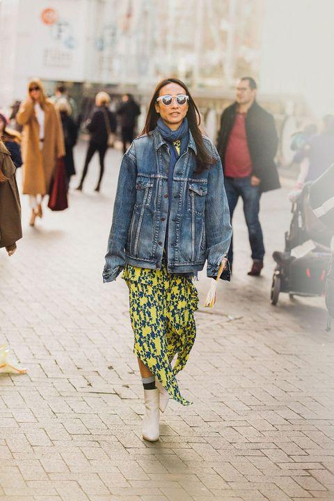 Fashion, Street fashion, Clothing, Blue, Denim, Yellow, Snapshot, Human, Runway, Jeans,
