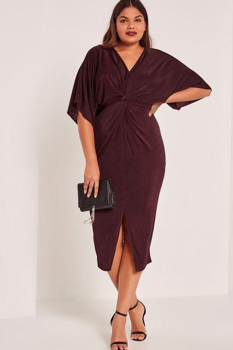 Sleeve, Human leg, Shoulder, Dress, Joint, Standing, Elbow, One-piece garment, Formal wear, Style,