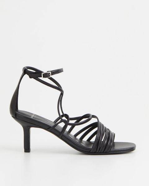 vagabond zwarte sandalen met hak en bandjes