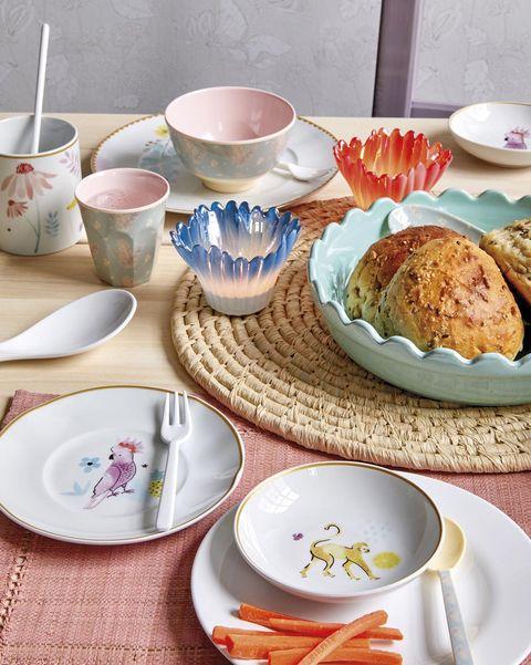 Vajilla de porcelana con dibujos de Rice.dk
