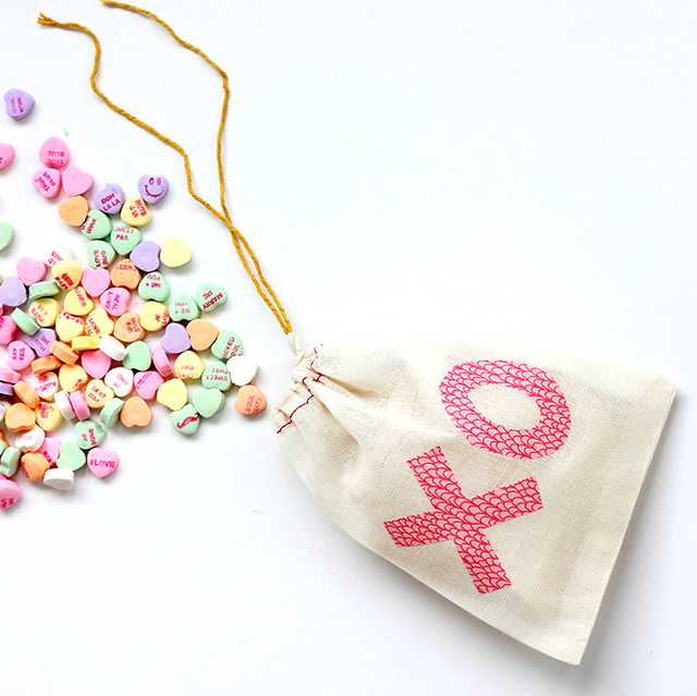 41 Easy Valentine\'s Day Crafts - DIY Decorations for ...
