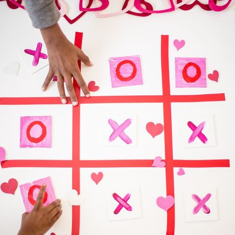 tic tac toe valentine's day game for kids