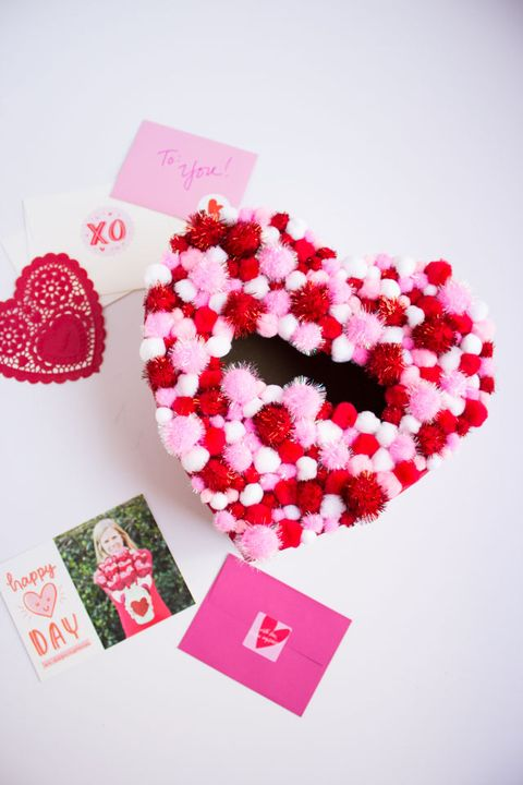 valentines day boxes pom pom heart