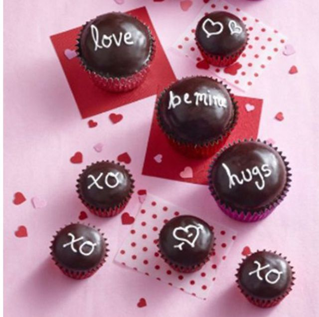 39 Valentine S Day Cupcakes And Cake Recipes Easy Valentine S Day Cakes