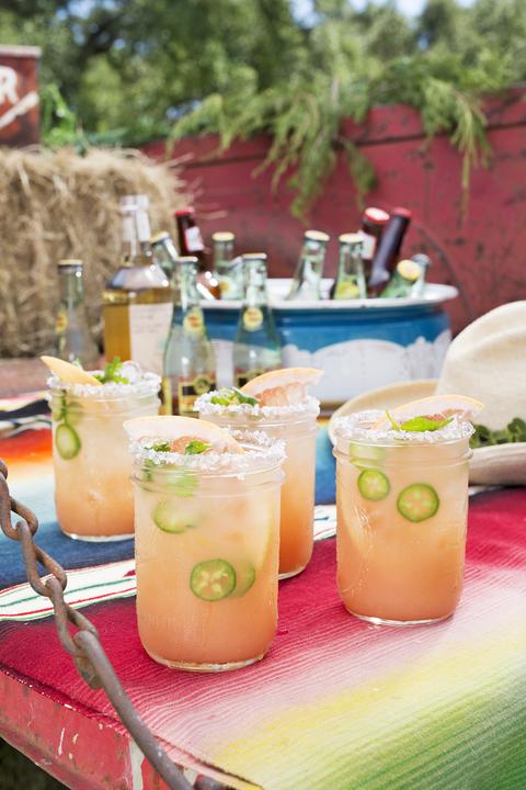 valentines day cocktails grapefruit jalapeno tequila