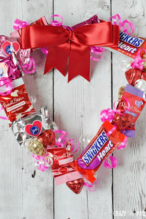 valentines day crafts for kids candy wreath