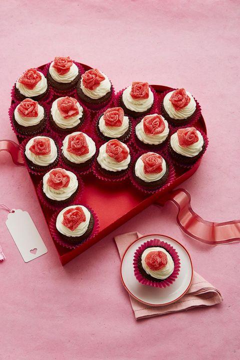 Valentine's Day Cupcakes - Mini Rosebud Cupcakes