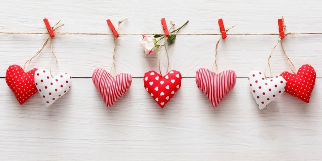 30 Diy Valentine S Day Decorations Cute Valentine S Day Home Decor