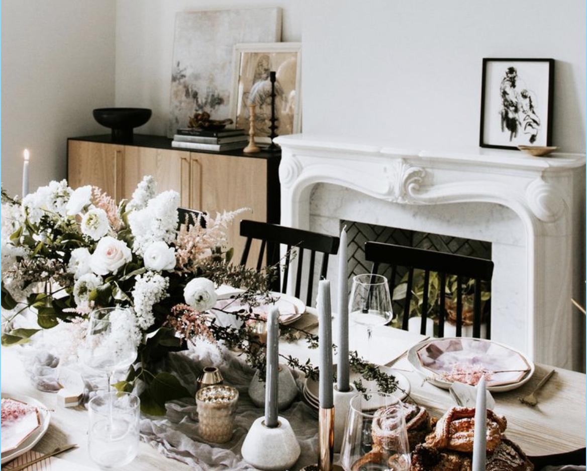 12 Stylish Valentine S Day Tablescape Ideas Romantic Table Decor