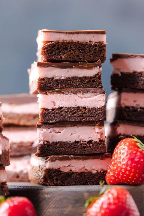 valentines day desserts strawberry brownie