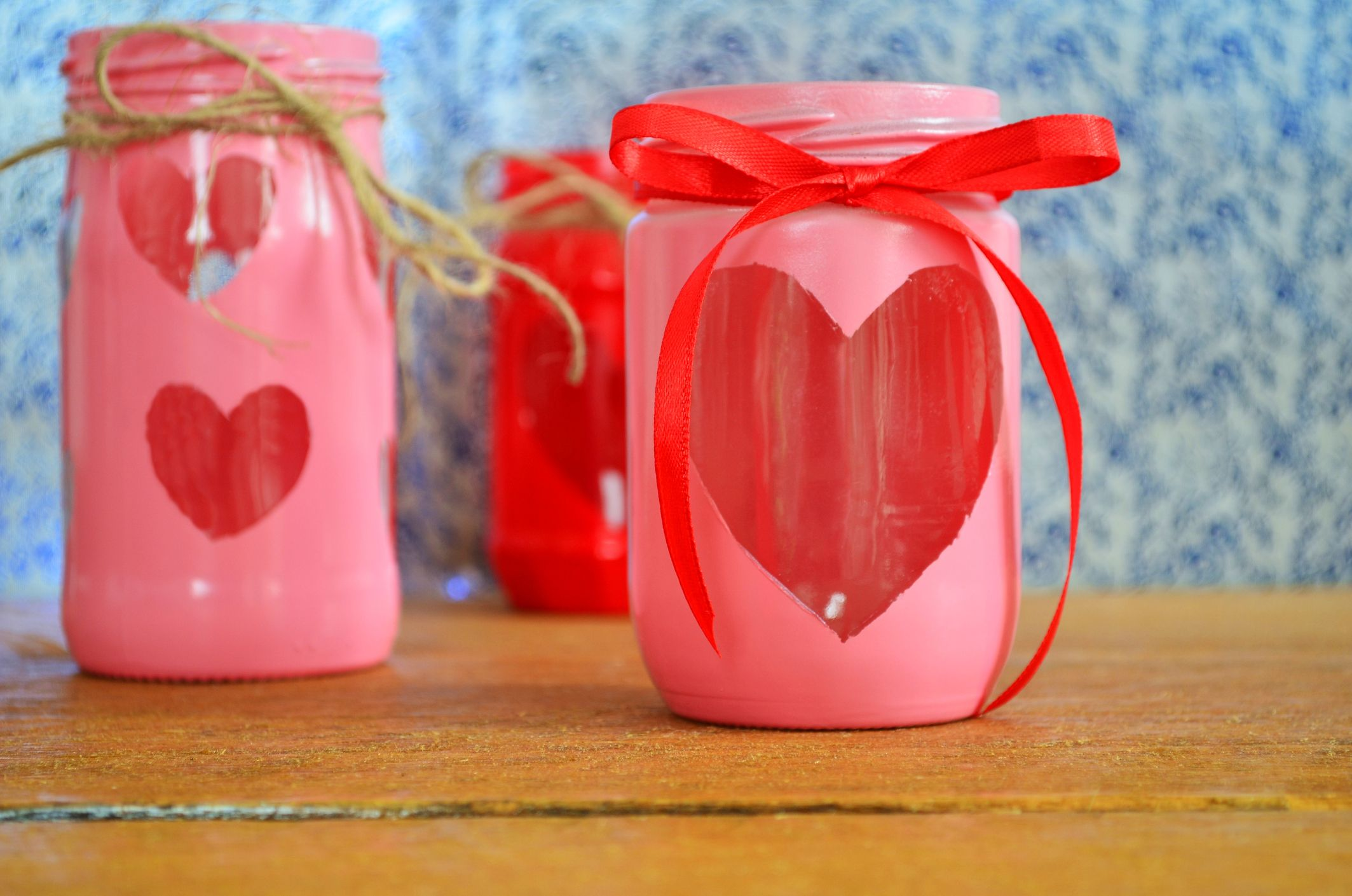 29 Best Valentine S Day Mason Jars Diy Valentine S Day Mason Jar Craft Ideas