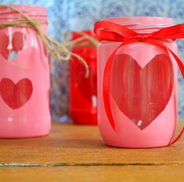 29 Best Valentine S Day Mason Jars Diy Valentine S Day Mason Jar Craft Ideas