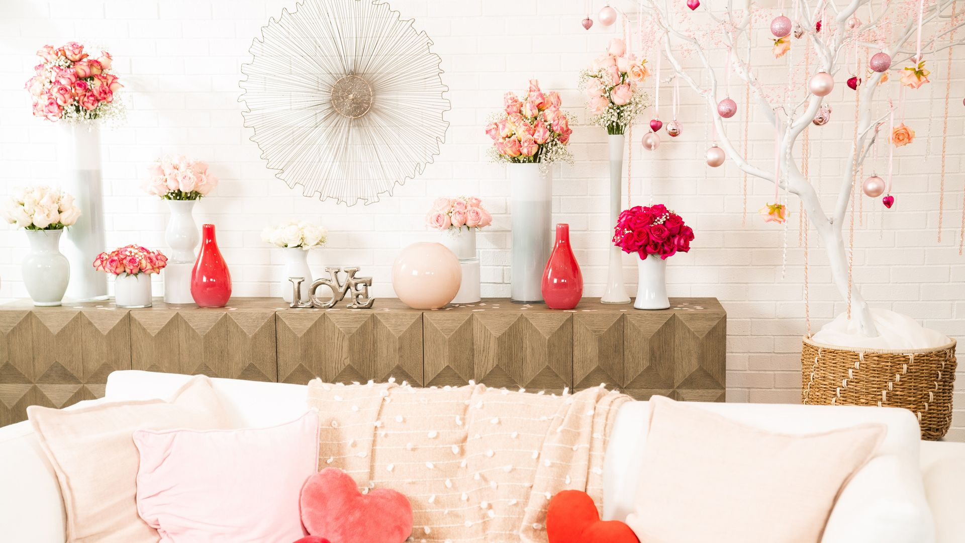 12 Best Valentine S Day Zoom Backgrounds Free Valentine S Day Virtual Backgrounds To Download